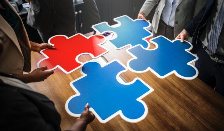 4 نصائح للتتغلب على خلافات العمل الناتجة عن سوء التواصل