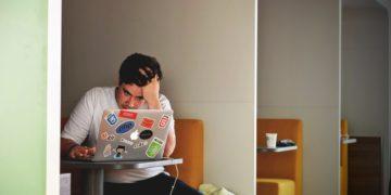 كيف تُحفز موظفيك الكسالى على تقديم أداء أفضل؟