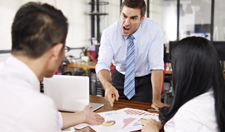 لماذا تشكل الإدارة السيئة خطراً على مستقبل الشركات؟