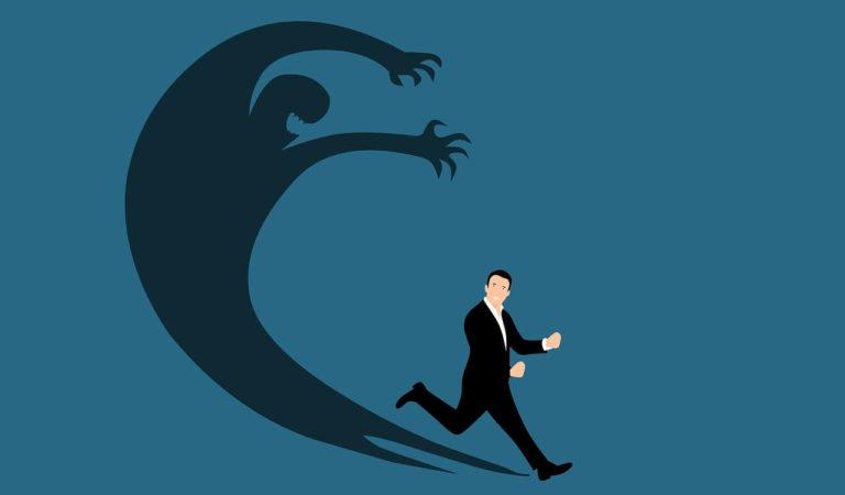 الخوف المستمر من الفشل – هل يحمي أم يؤذي رائد الأعمال ؟